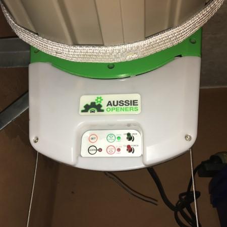 Aussie roller opener